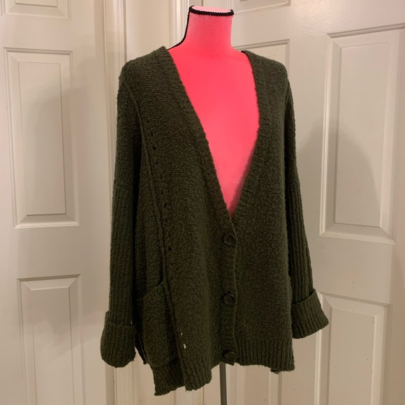 Free People chunky knit cardigan w/pockets